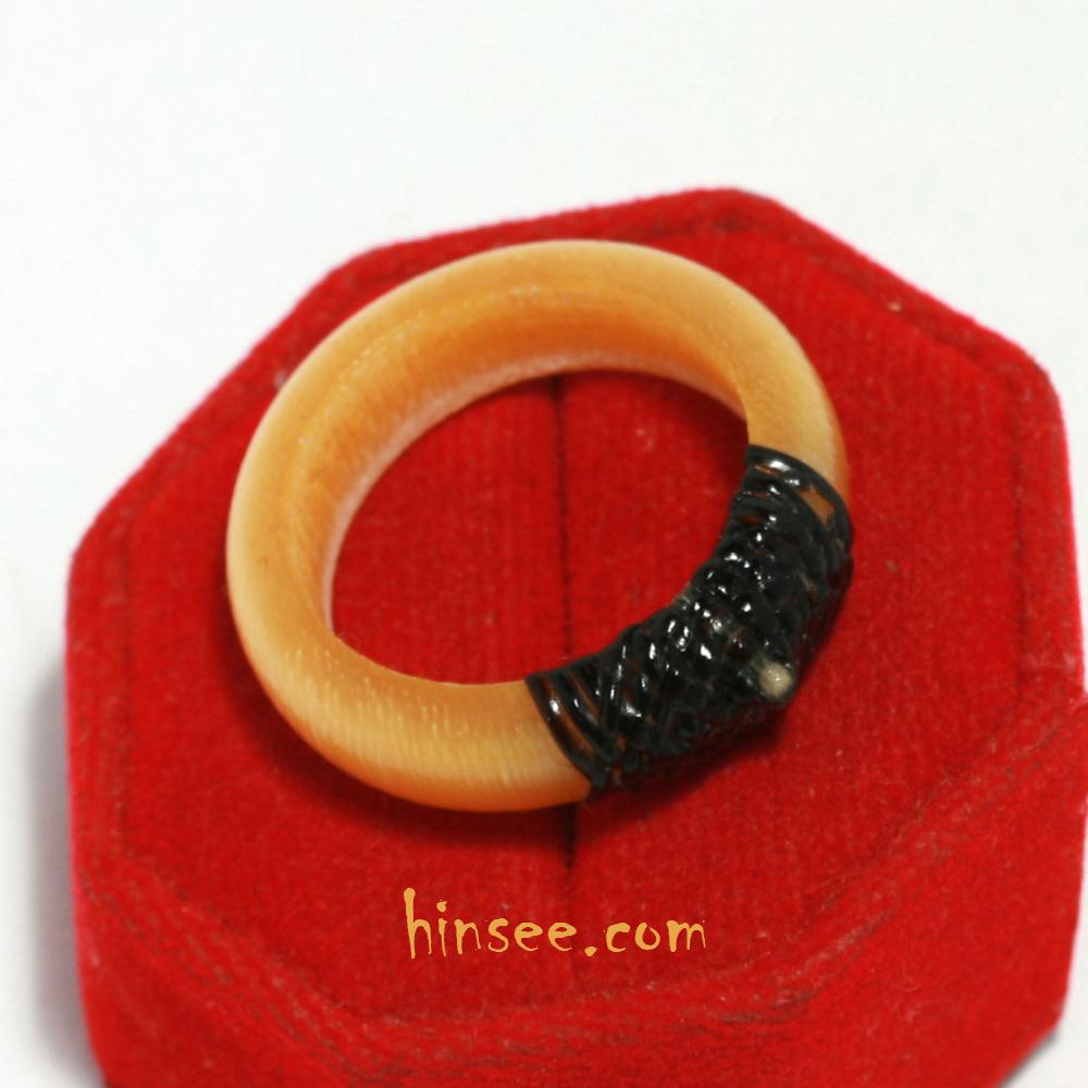 แหวนฟอสซิลเล็บช้าง