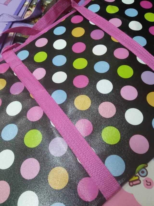 ถุงสายรุ้ง กระเป๋ากระสอบ สปันบอล 60*70*30 cm. ราคาส่ง 85 บาท