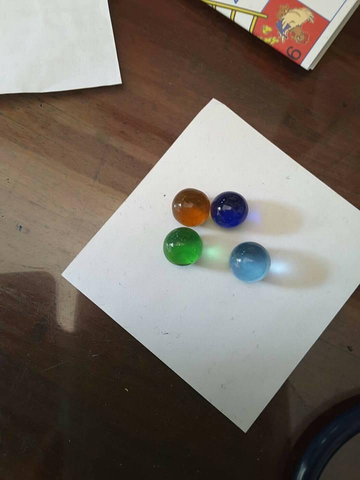 ลูกแก้ว 3 มิติ (จุ 5000 ลูก) ลังละ 1700 บาท Glass Bubble แบ่งขาย100ลูก90 บาท