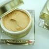 Sunscreen Mousse White cream SPF 50 PA+++ (Water resistance) เนื้อมูสสูตรบางเบา พร้อมทั้งกันน้ำและเหงื่อ เนียนเรียบดุจใยไหม ช่วยพรางรูขุมขนให้แลดูเล็กลง ขนาด 30 กรัม