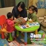 E10906 โต๊ะเขียนหนังสือเด็ก (โต๊ะกลม) สีชมพู