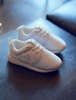 รองเท้าแฟชั่นเด็กสีขาว วัสดุหนังผสมตาข่าย ระบายอากาศได้ดี สีสันสุดแซ่บ
