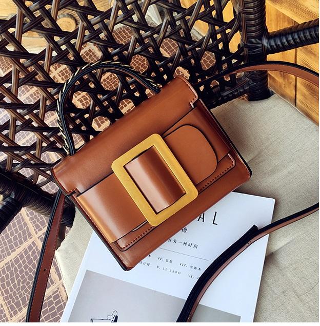 กระเป๋าหนังพรีเมี่ยม PU ทรง boyy bags (Brown)