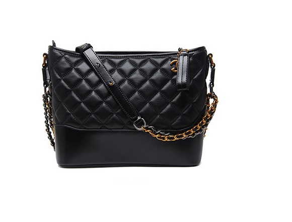 กระเป๋า chanel gabrielle bag size 28 (Black)