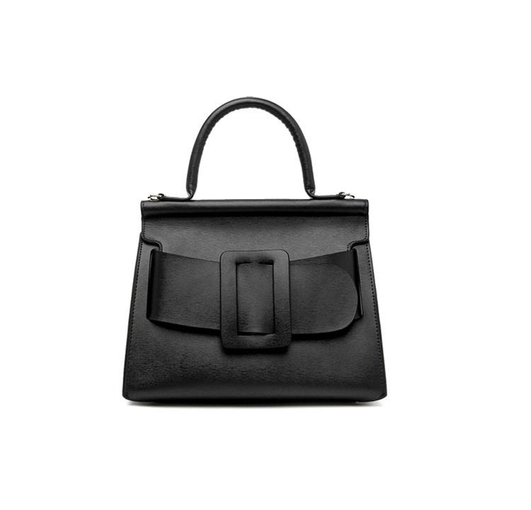 กระเป๋าหนังวัว Boyy karl bags (Black size 29)