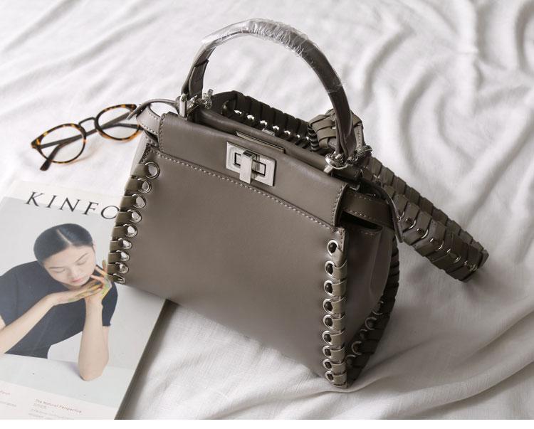กระเป๋าหนังวัวแท้ Fendi Gray (21x17x12cm)