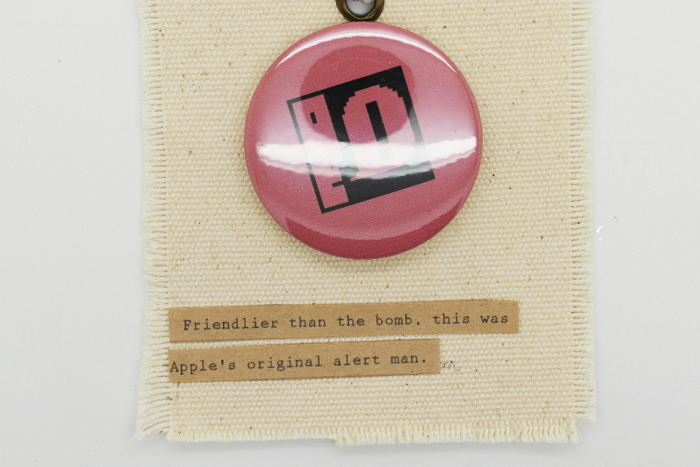 pin botton 015
