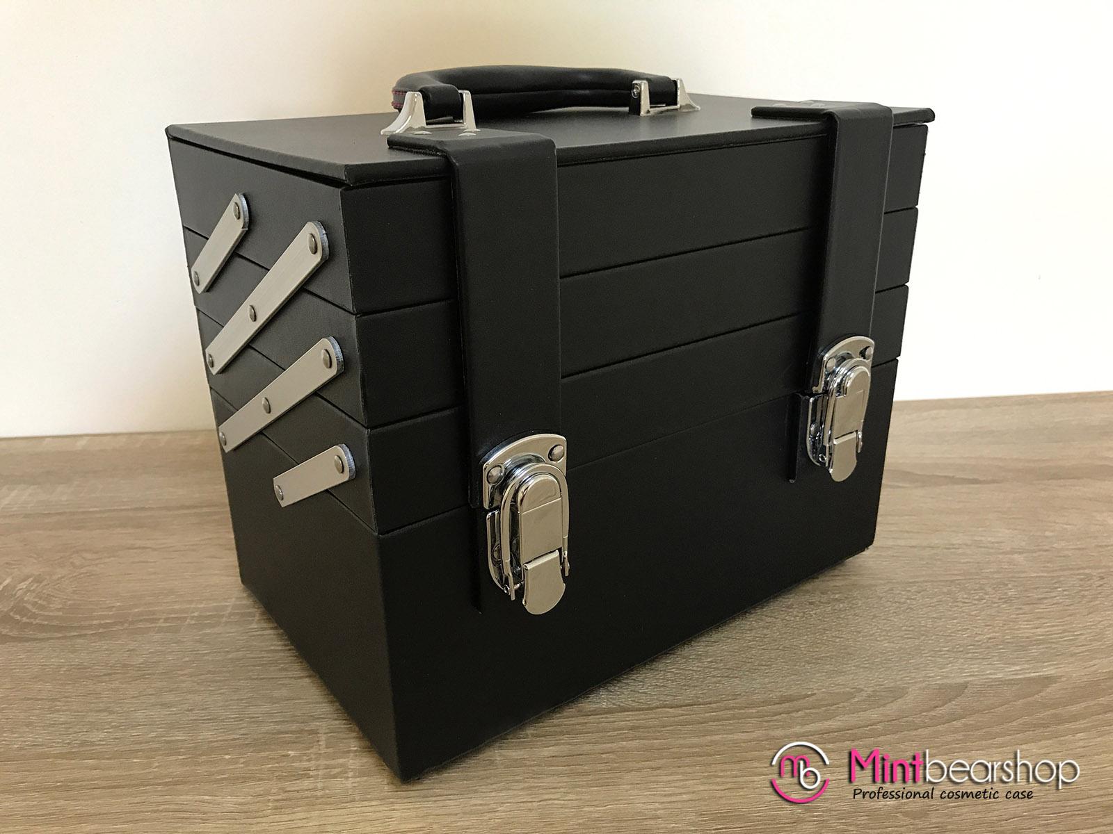 กระเป๋าเครื่องสำอางค์ รุ่น BB03 สีดำ