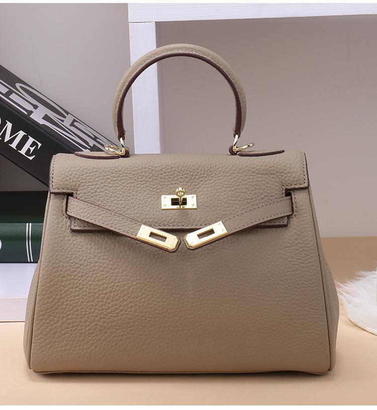 กระเป๋าหนัง Kelly 25' (อะไหล่ทอง)