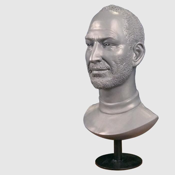 รูปปั้น Steve Jobs พร้อมฐาน
