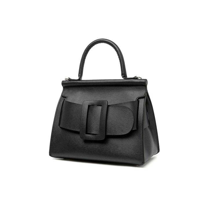 กระเป๋าหนังวัว Boyy karl bags (Black size 25)