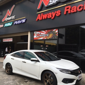 Honda Civic FC + Rays TE37 18x8.5+40 5-114.3
