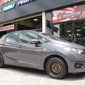 Honda Jazz GK + Rayswheel RE30 15x7+30 4-100